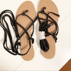 Colin Stuart Braided Lace Up Sandals SZ 8 NWOT